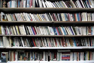 Libri, foto di Nicola Romagna - Flickr.com.jpg