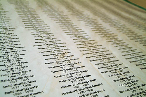 Lista di scomparsi di Srebrenica (Foto Gughi Fassino)