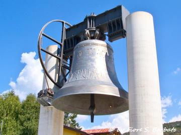La campana Maria Dolens a Rovereto, foto di Fiore Silvestro Barbato - Flickr.com.jpg