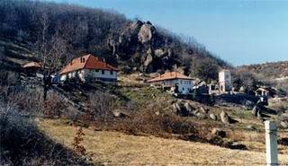 Sokolica, il monastero serbo-ortodosso dove si prega in albanese