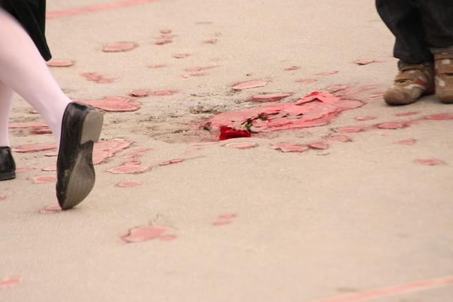 Rosso di granata, Sarajevo 6 aprile - foto di Michele Biava