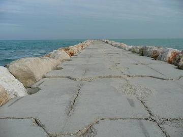 Molo sull'Adriatico