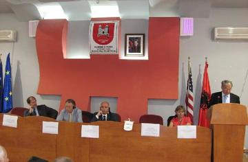 Pejë/Peć - Durante la firma dell'accordo per l'apertura della ADL