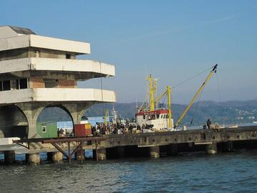 Il porto di Sukhumi, Abkhazia