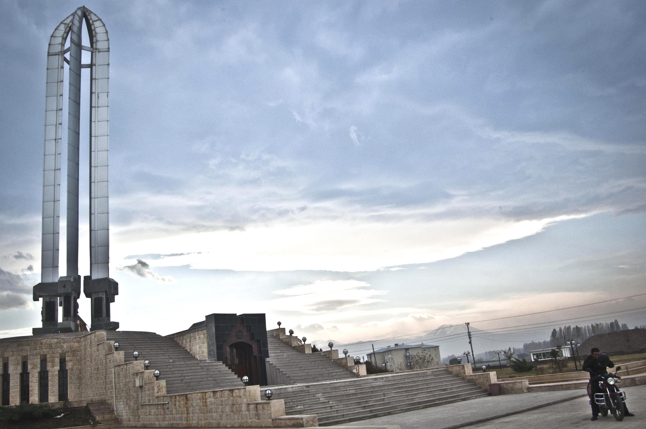 Igdir, museo del genocidio turco - foto di Paolo Martino