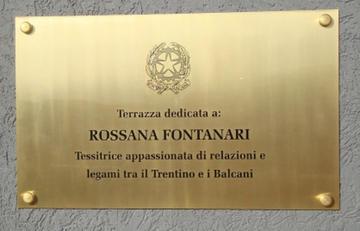 Terrazza dedicata a Rossana Fontanari - Ambasciata d'Italia, Pristina.jpg