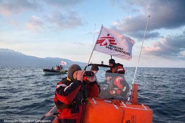 Soccorso in Egeo - foto MSF/Greenpeace di Alessandro Penso.jpg