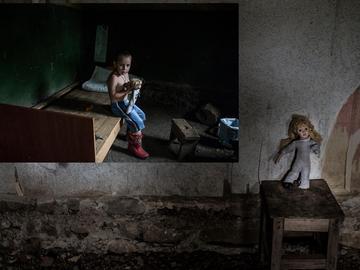 """Un'immagine tratta da """"L'infanzia re-immaginata"""" di Ekaterine Kolesnikova"""