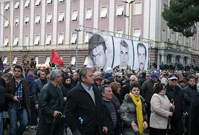 Marcia silenziosa per le vie di Tirana (foto M. Dhima)
