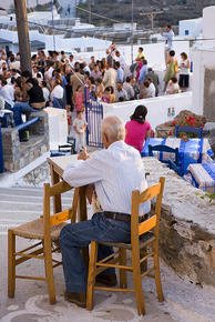 Anche ad Amorgos, nelle Cicladi, gli elettori hanno votato per il candidato indipendente (Carlo_it /Flickr)