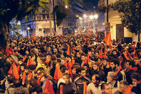 Manifestazione ad Atene, l'8 dicembre di due anni fa, per l'uccisione a sangue freddo da parte della polizia greca del quindicenne Alexis Grigoropoulos (solidnet_photos/Flickr)