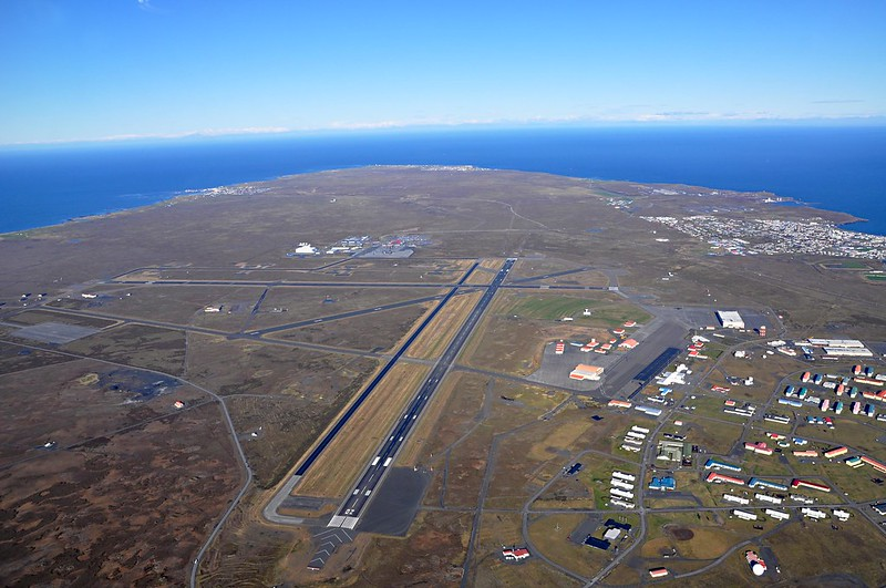 L'area di Reykjanesbær e dell'aeroporto di Keflavik in Islanda (foto: SuperJet International/Flickr)