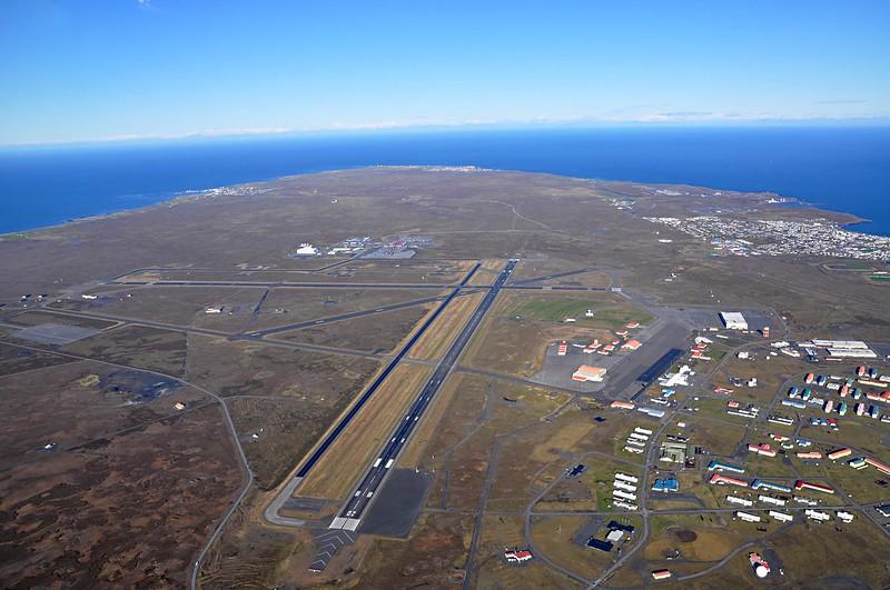 L'area di Reykjanesbær e dell'aeroporto di Keflavik in Islanda (foto: SuperJet International/Flickr)