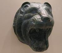 Testa bronzea di leone, museo di Olimpia