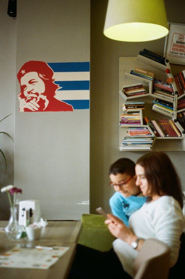 All'interno del Cafè Cuba di Ovacık - foto di Francesco Brusa