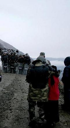Durante gli scontri di maggio a Koknar (foto Murat Sarı)