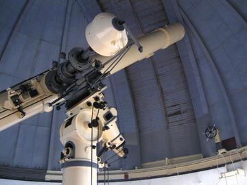 Grande telescopio rifrattore (J. Andonovic)