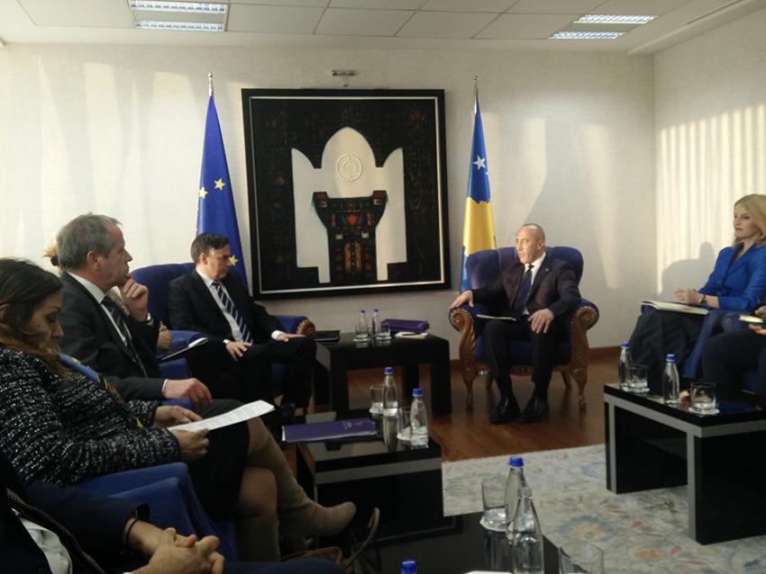 Durante l'incontro con Ramush Haradinaj (foto P. Bergamaschi)