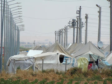 Il campo di Akçakale (foto di Dimitri Bettoni)