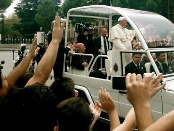 Il Papa in Albania - foto di Nicola Pedrazzi