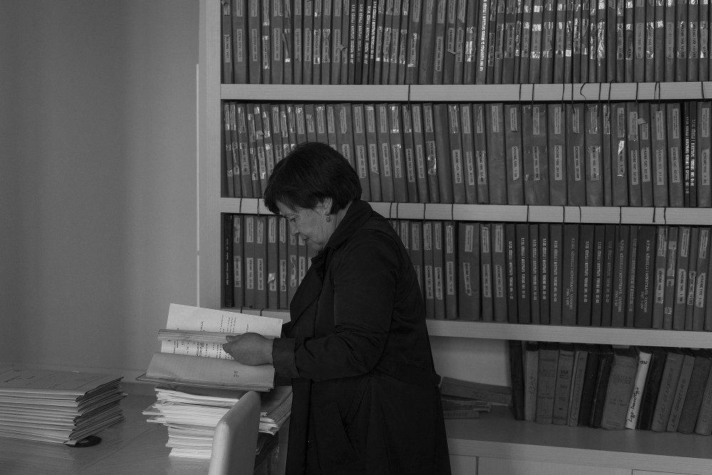 Nevile, nelle sale dell'archivio - Camilla de Maffei