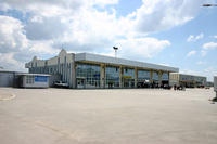 L'aeroporto di Pristina