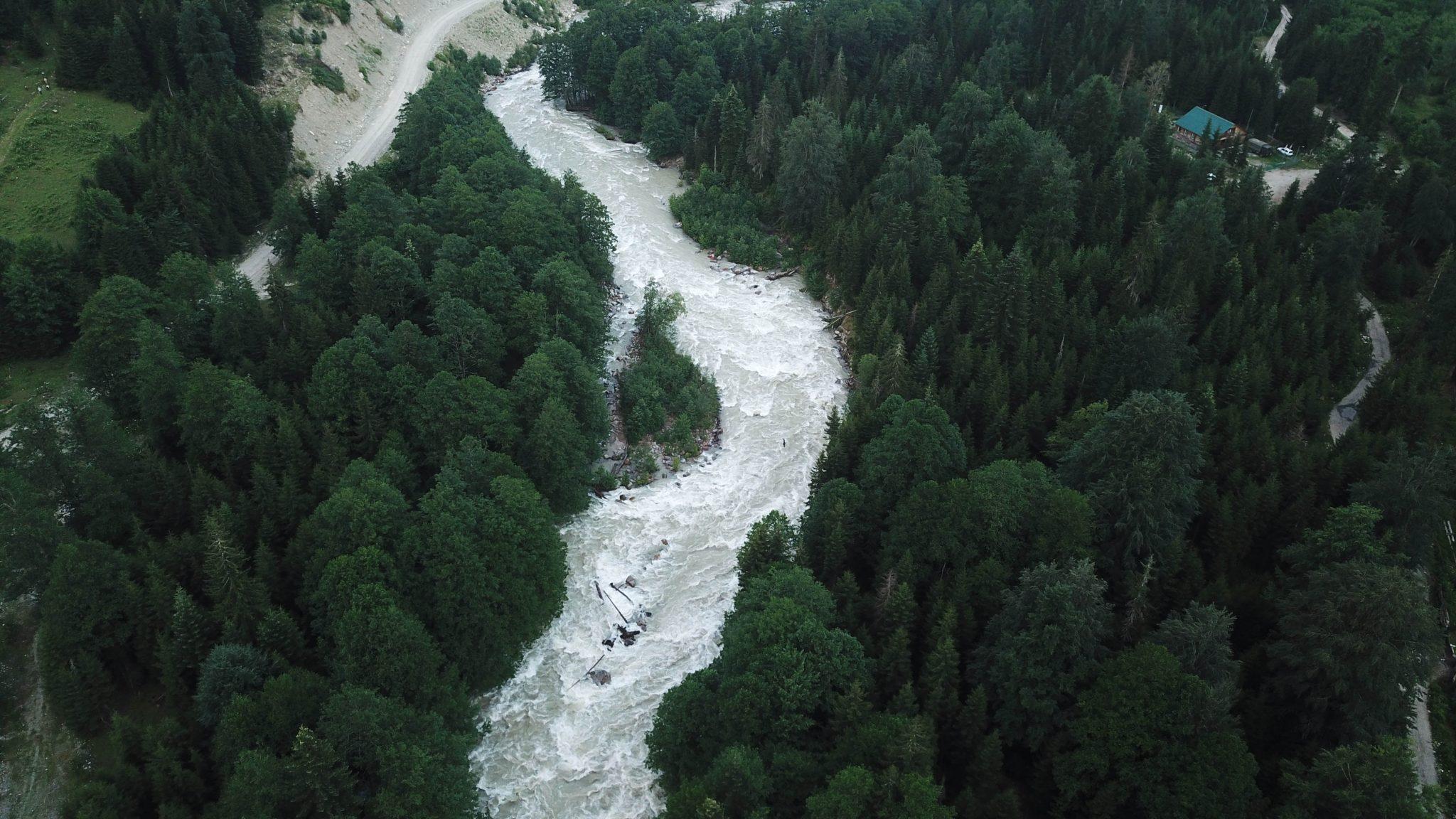 Il fiume Nenskra (Mariam Nikuradze/OC Media)