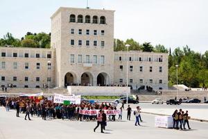 Le proteste degli studenti universitari a Tirana - Facebook