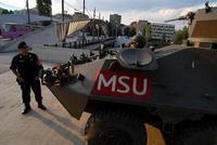 Matrimonio Combinato In Kosovo : Kosovo soldier immagini kosovo soldier fotos stock alamy