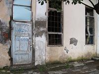Sukhumi, il negozio di un fotografo abbandonato
