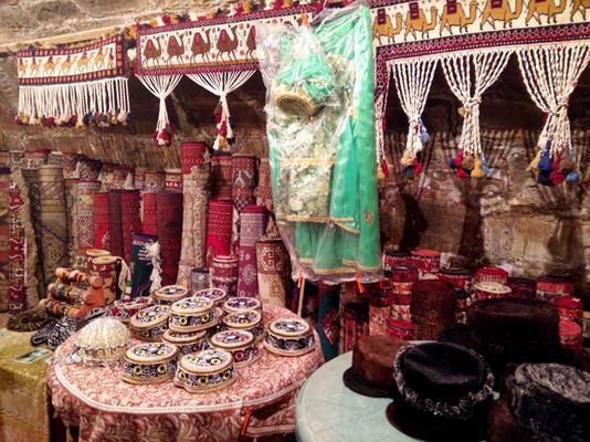 Negozio di tappeti (Foto P. Bergamaschi)