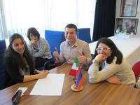 Una pausa durante le selezioni a Yerevan (Foto Ilenia Santin)