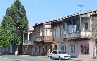 Una strada di Stepanakert (Foto Simone Zoppellaro)