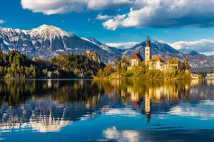 Una veduta del lago di Bled, Slovenia (© Zdenek Matyas Photography/Shutterstock)