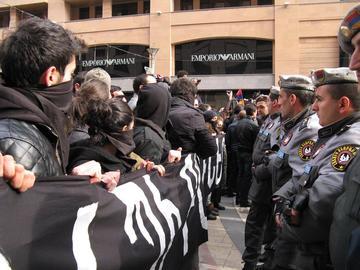 Yerevan, le proteste del 2 dicembre (Foto Epress.am)