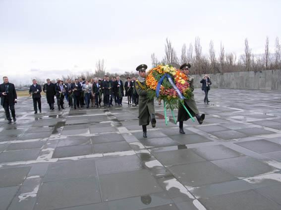 Yerevan - Memoriale (foto P. Bergamaschi)