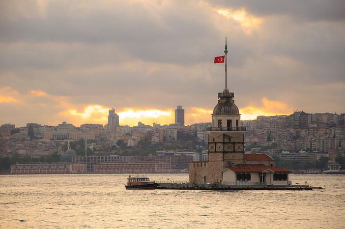 Vista su Istanbul, foto di Halbag - Flickr.com.jpg