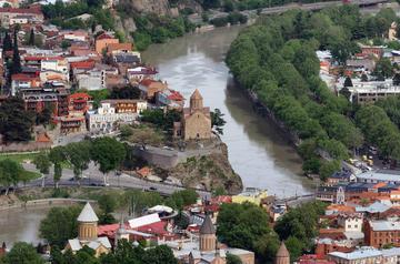 Tbilisi dall'alto, foto Alexxx Malev - Flickr.jpg
