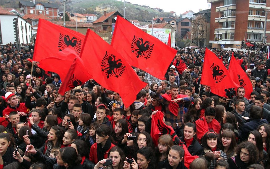 Bandiere albanesi