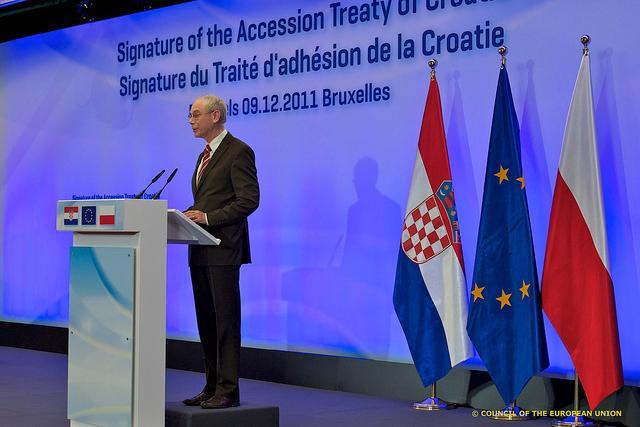 Annuncio firma trattato adesione Croazia 2011, foto Consiglio Ue - Flickr.com