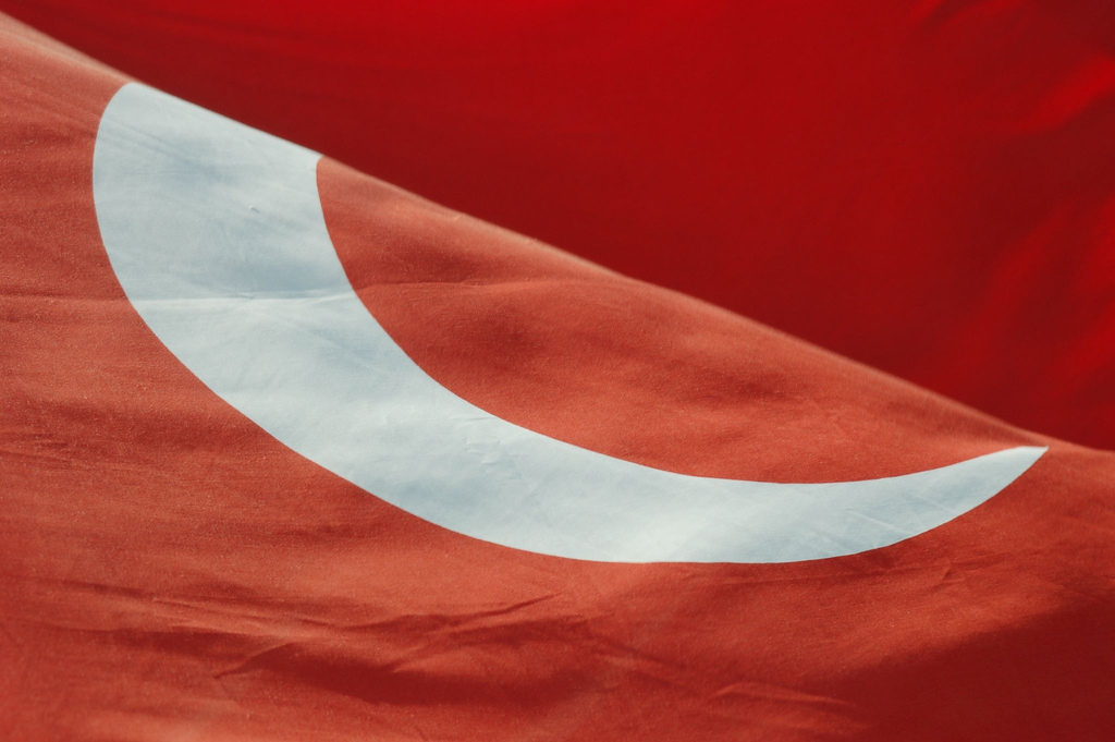 Bandiera turca piegata (Vladimer Shioshvili - Flickr)