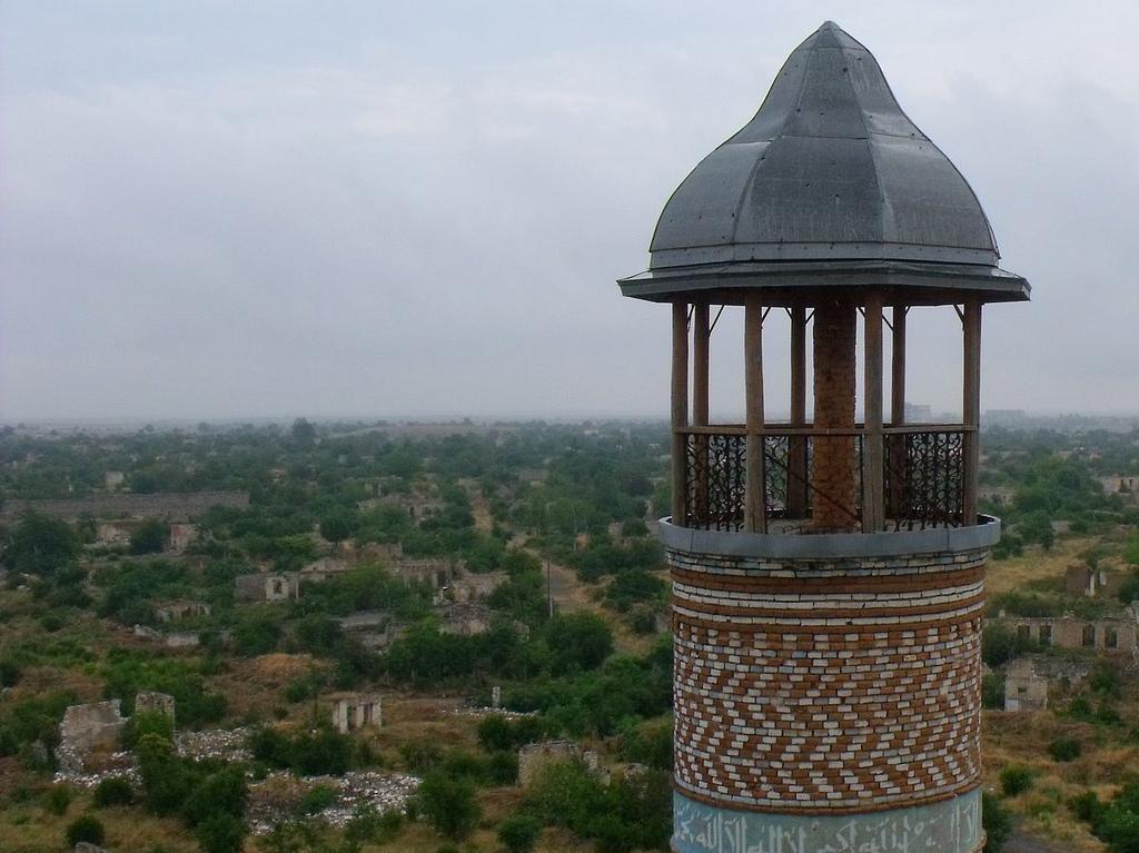 Il minareto della moschea di Aghdam - Nagorno Karabakh