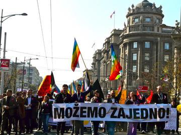 Durante la manifestazione del Gay Pride a Belgrado (foto Cecilia Ferrara)