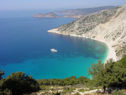 La baia di Myrtos sull'isola di Cefalonia, Grecia