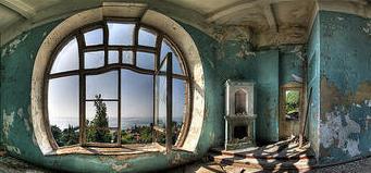 Hotel abbandonato in Abkhazia (tome / Flickr )