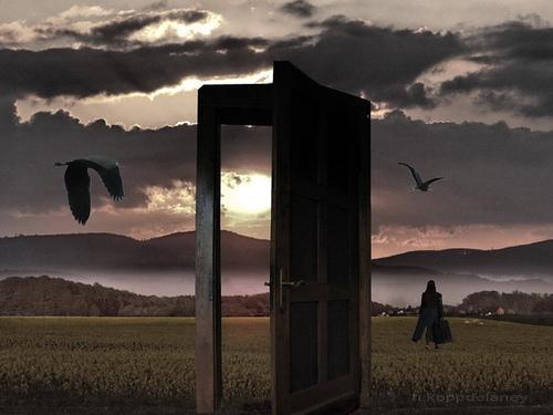 Porta semiaperta