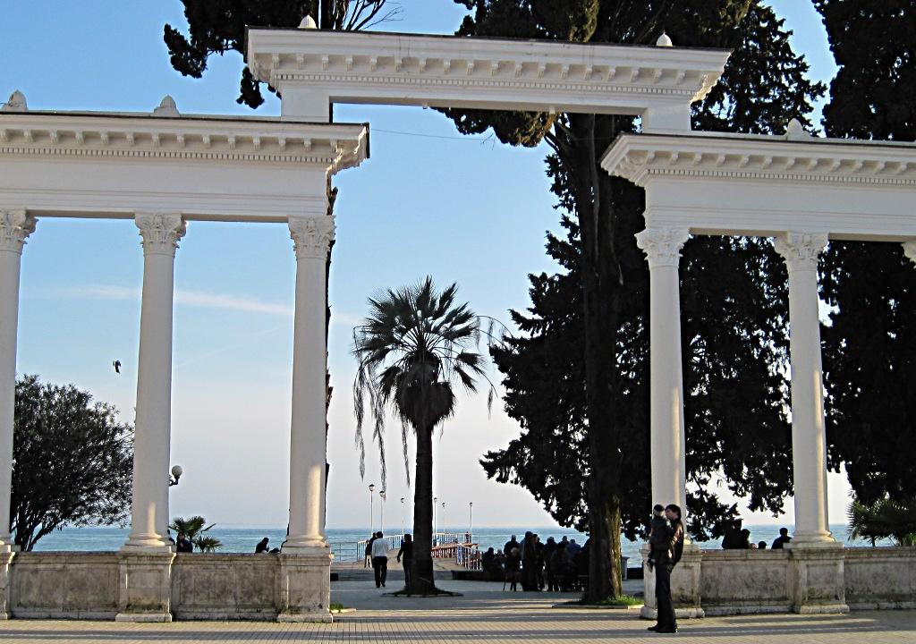 Sukhumi, promenade