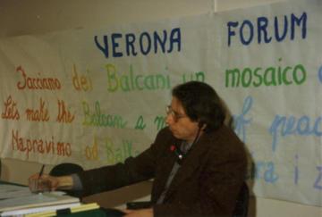 Alexander Langer al Verona Forum 1992 - Foto Fondazione Langer