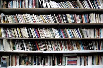 Libri - Nicola Romagna CC Flickr.jpg