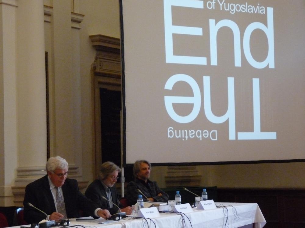 """Durante la conferenza sulla """"fine della Jugoslavia"""""""